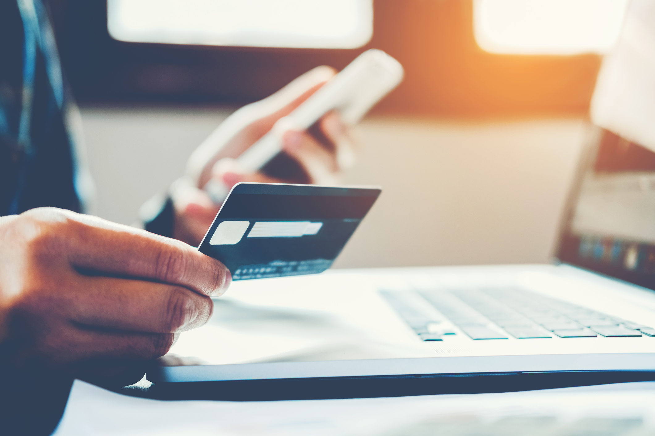 Signs You're Using the Wrong Credit Card